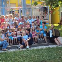 Združevanje otrok med poletnimi počitnicami 2012