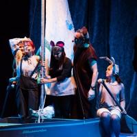 Teater Pisker navdušil z zgodbo Bobek in barčica